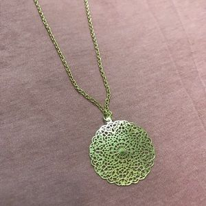 Beautiful filigree medallion pendent necklace